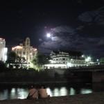 南座の満月